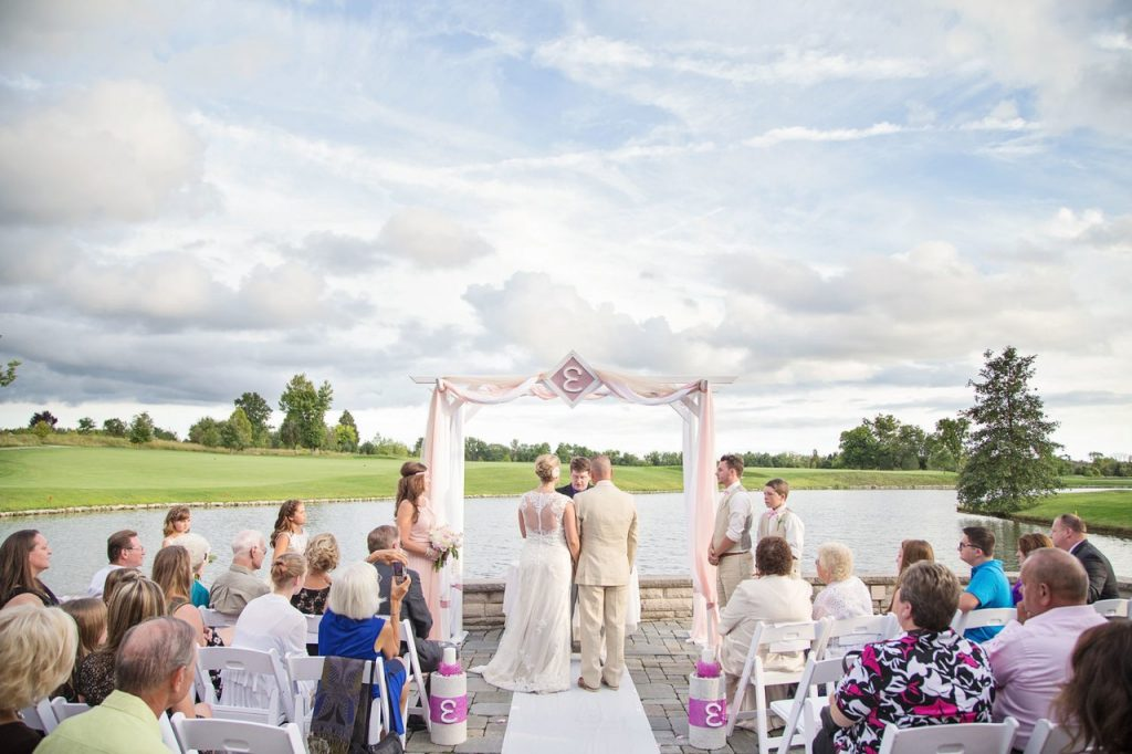 Ways to Add Style to Your Wedding Party